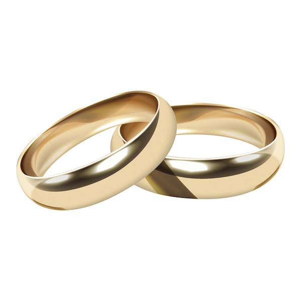 pair-of-wedding-rings